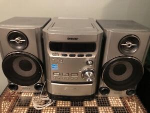Radio 5 CD + cassette SONY HCD-HPZ7.