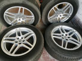 """Porsche Macan Alloys 18"""" & Michelin Tyres"""