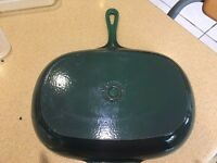 Le creuset cast iron grill pan