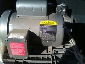 Moteur électrique 1 HP