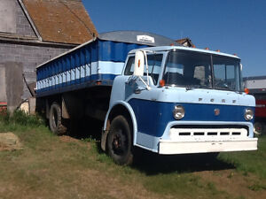 1967 FORD 600