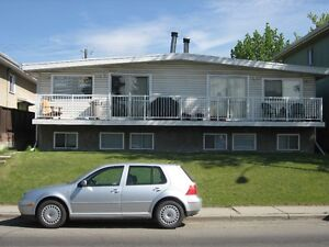 *REDUCED CAPITOL HILL NW SAIT, LRT Clean 1100 SQ FT Lower 2 BRM