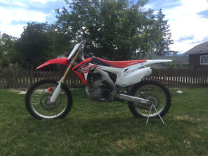 2015 Honda crf 250 Only two Owners Low KM