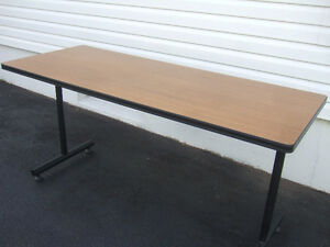 2 NICE TABLES 5 FT X 2 FT ONLY $25 EACH
