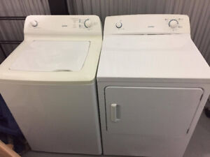 Combo Laveuse / Sécheuse - Washer / Dryer Moffat - 280$ TBE