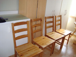 4 wooden chairs $125