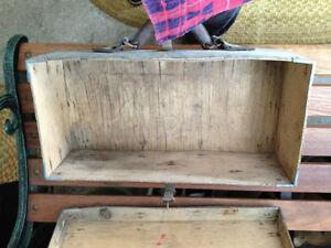 Antique wooden carrying case Regina Regina Area image 3