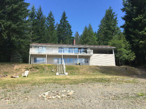 Sproat Lake Waterfront home for rent Sept 5, 2017 to June 30, 18