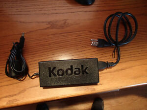 Genuine Kodak AC Adapter PN: KOD00001859-100 Delta Model: EADP-1