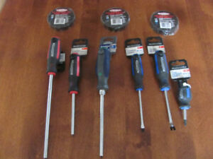 NEW SCREWDRIVERS & ELECTRICAL TAPE