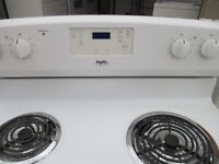 MAYTAG ELECTRIC STOVE VERY CLEAN