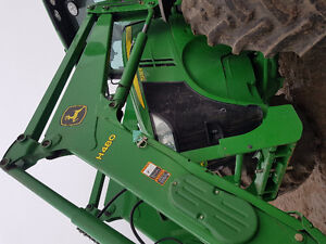 7200R JD TRACTOR ,FW ASSIST,QUICK ATTACH PACKAGE, POWERSHIFT Moose Jaw Regina Area image 4
