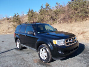 2012 FORD ESCAPE XLT SUV,  WARRANTY INCLUDED