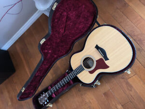 Taylor 214e DLX Left Handed with case!