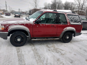 Ford Explorer in perfect condition