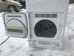 "FRIGIDAIRE  Washer and Dryer Stackable Apt Size 24"" $285.00"