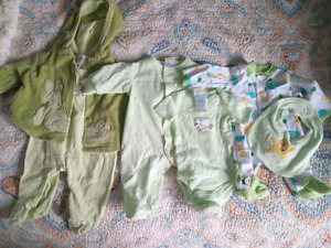 Never Worn Preemie Clothes 6 Piece Set