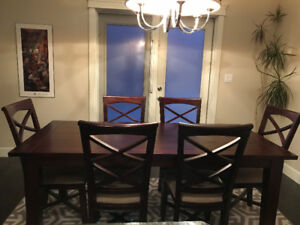 GORGEOUS DINING TABLE/6 CHAIRS/2 LEAFS IN ACACIA WOOD