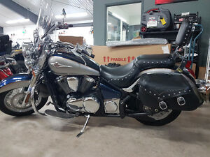 MINT CONDITION KAWASAKI VULCAN 900LT