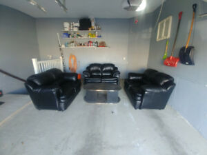 sofa set and coffee table for sale
