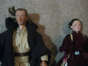 Star Wars 12 Inch Qui Gon Jinn and Queen Amidala Action Figures Strathcona County Edmonton Area image 2