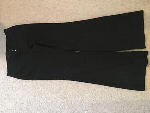 Suzy pants size M