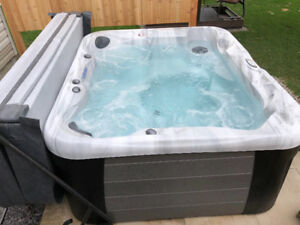 New Hot Tub 2018