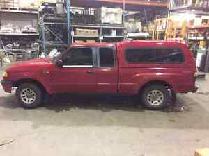 2001 Mazda B-Series Pickups CREW CAB Camionnette
