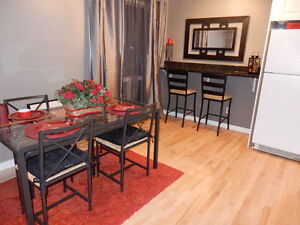 Calgary townhome, Ranchlands - Completely Renovated Downtown-West End Greater Vancouver Area image 5