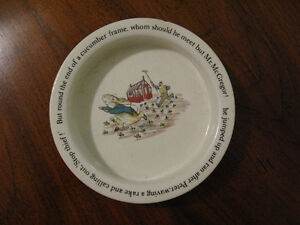1988 Bowl Beatrix Potter Wedgwood Etruria Barlaston Peter Rabbit