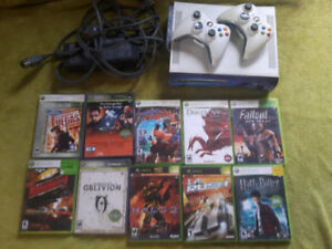 Xbox 360 w controllers & 10 games