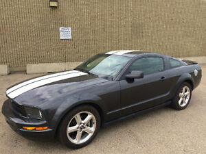 2008 FORD MUSTANG 4.0L V6, 5 SPEED MANUAL, 108000km, VERY CLEAN
