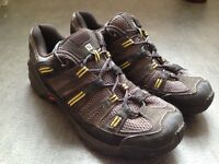 Size 9.5 Salomon walking boots