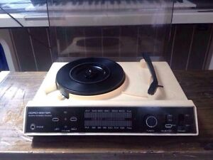 VINTAGE RECORD PLAYER -full stereo bargain $55ono Athelstone Campbelltown Area Preview