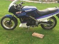 Kawasaki gpz500 barn find been stood from 2008