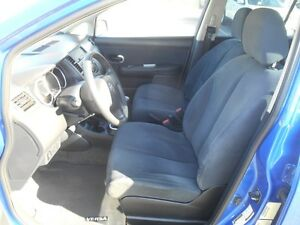 2009 Nissan Versa 1.8 S Hatchback Peterborough Peterborough Area image 11