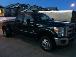 2015 Ford F-350 Dually lariat