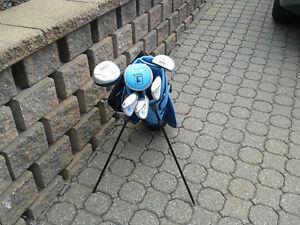 Baton de Golf/LPGA young girl golf clubs West Island Greater Montréal image 3