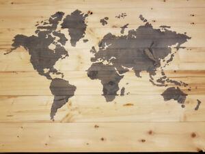 carte du monde 21 x 30 pouces en lambris de bois