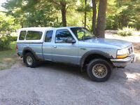 1998 Ford Ranger XLT with Cap