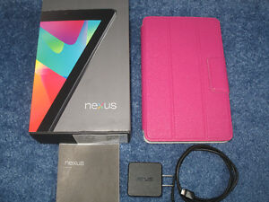 Nexus 7 - MINT, original box, manuals, charger, cable and case