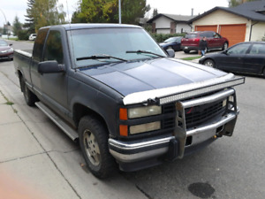 1995 Silverado 6.5 diesel runs and drives good