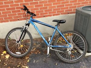 Awesome mountain bike any offers Kitchener / Waterloo Kitchener Area image 1