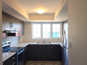 4bdr New Town house , Durham College and Uof OIT