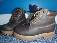 Boys autumn boots size 13/chaussures garcon taille 13