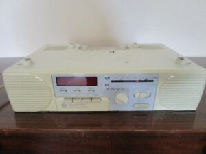 GE KITCHEN UNDER CABINET SPACEMAKER STEREO CASETTE PLAYER