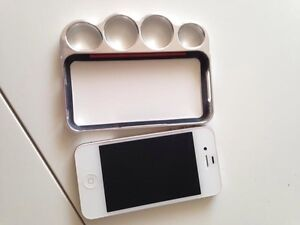 iPhone 4 with knuckle case.  Peterborough Peterborough Area image 4