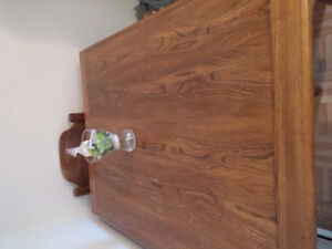 Solid wood dinning table with matching  4 chairs