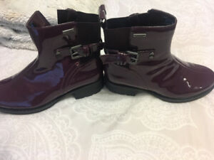 Women's Rockport Boots-Like new