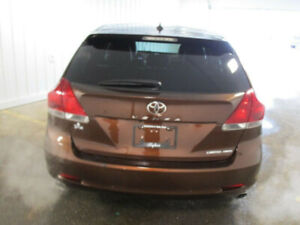 2015 Toyota Venza Limited, Ultimate Package - Navigation,